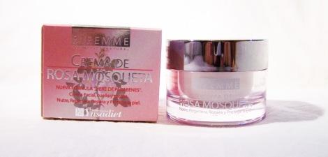 Crema-de-rosa-mosqueta-BIFEMME-de-Laboratorios-Ynsadiet-(2)jpg